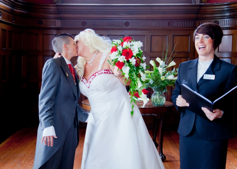 wedding photography at Preston Hall Museum