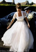 Bride arrives at church